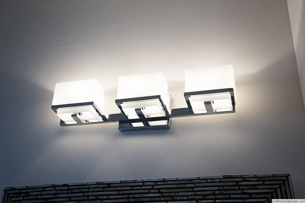 Square Lines Wall Light